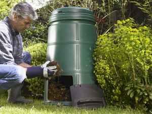 kompostování na zahradě vás bude bavit