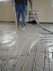 Lité podlahy představují moderní a praktické řešení s mnoha výhodami /