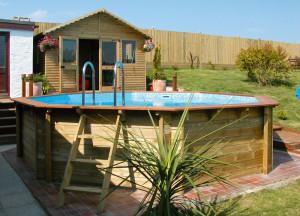 Zahradní bazén je dnes téměř samozřejmostí /