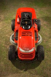 Zahradní traktor Honda vám ušetří mnoho práce /