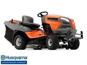 Zahradní traktor je všestranný pomocník /